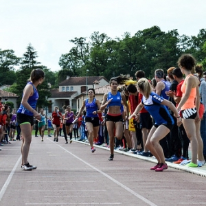 """4x400m TCF - Finale Interclubs 2015 Castres • <a style=""""font-size:0.8em;"""" href=""""http://www.flickr.com/photos/137596664@N05/24355425906/"""" target=""""_blank"""">View on Flickr</a>"""