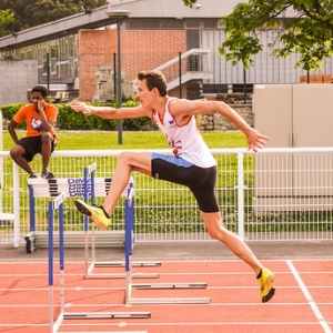 "110m Haies - Meeting de Colomiers 2015 • <a style=""font-size:0.8em;"" href=""http://www.flickr.com/photos/137596664@N05/24253285592/"" target=""_blank"">View on Flickr</a>"