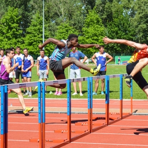 """110m Haies TCM - Interclubs 1er tour 2015 Sesquières • <a style=""""font-size:0.8em;"""" href=""""http://www.flickr.com/photos/137596664@N05/24365405695/"""" target=""""_blank"""">View on Flickr</a>"""