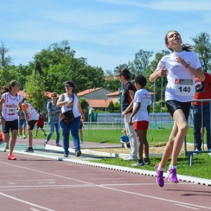 """1000m BEF - Championnats du Tarn BE-MI 2016 à Castres • <a style=""""font-size:0.8em;"""" href=""""http://www.flickr.com/photos/137596664@N05/27127707821/"""" target=""""_blank"""">View on Flickr</a>"""