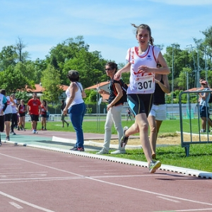 """1000m BEF - Championnats du Tarn BE-MI 2016 à Castres • <a style=""""font-size:0.8em;"""" href=""""http://www.flickr.com/photos/137596664@N05/27163186906/"""" target=""""_blank"""">View on Flickr</a>"""