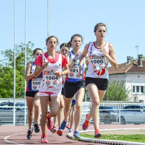 """1000m MIF - Championnats du Tarn BE-MI 2016 à Castres • <a style=""""font-size:0.8em;"""" href=""""http://www.flickr.com/photos/137596664@N05/26591063404/"""" target=""""_blank"""">View on Flickr</a>"""