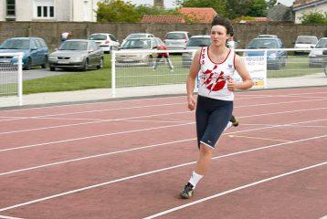 Shannon Izar à la 2ème journée des championnats du Tarn CA à VE sur piste 2010 à Castres