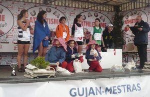 Audrey Daneluzzo sur le podium des minimes filles au cross de Gujan-Mestras 2010