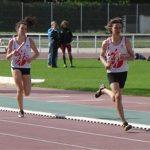 Jean-Baptiste Grand et Emmanuelle Dupuy sur le relais 8228 au meeting Yves Vila 2011 à Castres