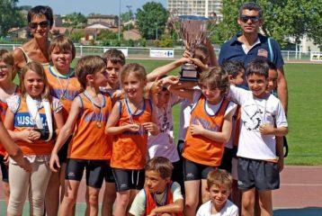 L'ES Aussillon remporte le Trophée de l'Avenir 2012 à Castres