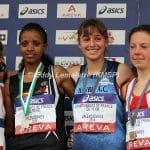 Julie Latger sur le podium des championnats de France de 10km 2014 à Valenciennes