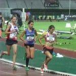 Julie Latger sur 5000m aux championnats de France Espoirs 2014 à Albi