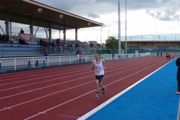 Christophe Yamnaine sur 3000m au Meeting Terre d'Envol 2016 à Colomiers
