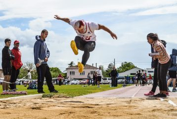 Florian Bouleau au saut en longueur du premier tour des interclubs 2016 à Castres