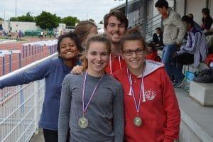Sarah Teysseyre & Solène Vandenbossche médaillées sur le 400m haies