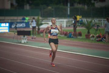 Marie Gayot dans la dernière ligne droite du 400m