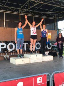 Victoire d'Alexia Vaissette sur la course des AS aux championnats du Tarn de cross 2017 à Albi