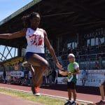 Aurore Mur à la longueur lors des championnats de secteur des Pointes d'Or 2017 à Carcassonne