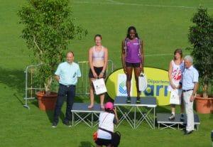 Ludivine Ruffel sur le podium du lancer de poids au meeting Music Jump 2017 à Albi