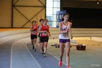 Clara Chamayou lors des championnats d'Occitanie de marche en salle 2017 à Bompas