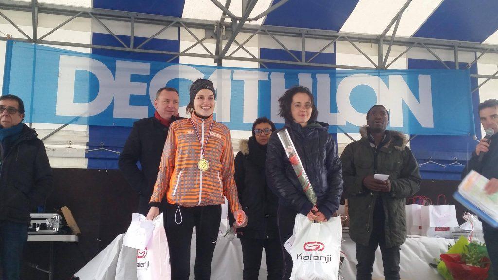 Alexia Vaissette (à droite) médaillée d'argent au 10km de Ramonville 2017