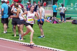 Ilona Papin au 800m lors de la finale interclubs 2018 à Castres