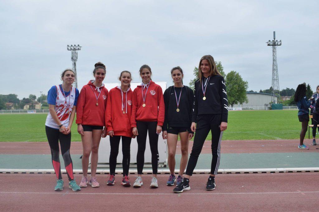 Les minimes filles du TSA championnes du Tarn 2018 et médaillées de bronze des relais 8228 lors du brassage Benjamins-Minimes 2018 à Castres