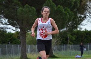 Alexia Vaissette sur 5000m aux championnats du secteur centre d'Occitanie 2017 à Perpignan