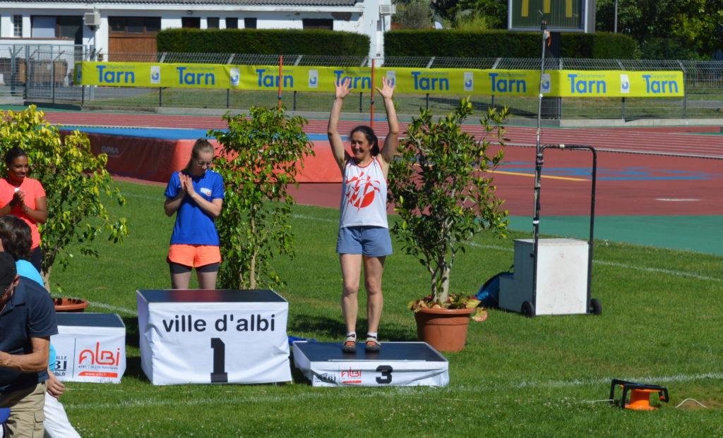 Sandrine Gardes sur le podium du marteau féminin au meeting Music Jump 2018 à Albi
