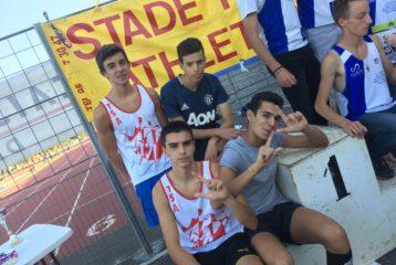 Les cadets sur le podium du relais 4x1000m à la coupe régionale des spécialités 2018 à Rodez
