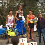 Flavien Szot sur le podium de la course des juniors au cross de la Cité 2018 à Carcassonne