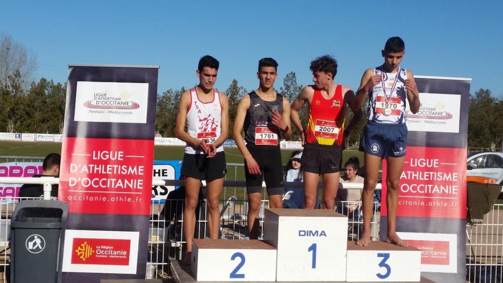 Flavien Szot sur le podium des juniors aux championnats d'Occitanie de cross 2019 à Caussade