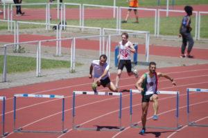 David Raymond et Loic Bardou sur 400m Haies aux championnats du secteur Ouest d'Occitanie sur piste 2019 à Toulouse
