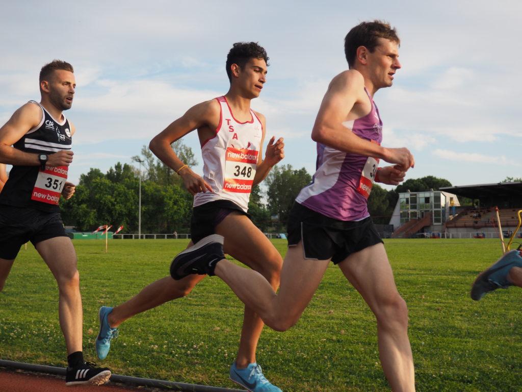 Flavien Szot sur 5000m aux championnats du secteur Ouest d'Occitanie sur piste 2019 à Toulouse