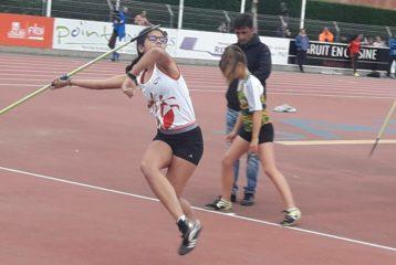 Melyana KONECO au lancer de javelot lors des championnats d'Occitanie Benjamins Minimes sur piste 2019 à Albi