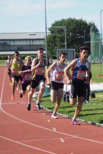Sanydil Halhal sur 800m lors des championnats du secteur Ouest d'Occitanie sur piste 2019 à Toulouse